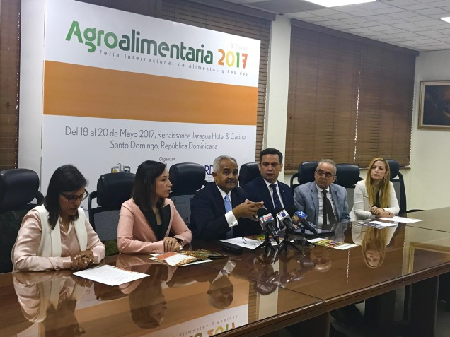 foto rueda de prensa agroalimentaria 2017